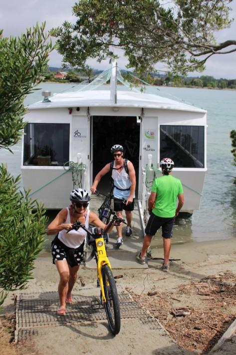mapua ferry bicycle transfer, Great Taste Trail Nelson, New Zealand