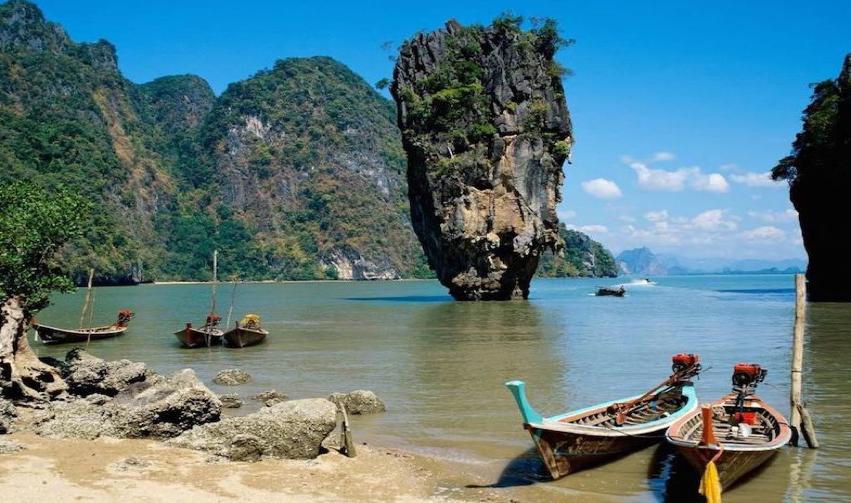 11 Reasons Why You Should Visit Phuket, Thailand