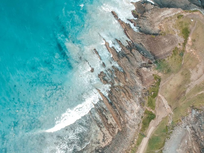 Rocks of Crescent Head Point - backstreetnomad; Best drones for travel