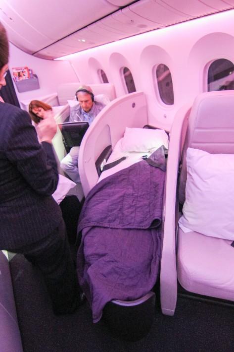 air new zealand flight business class bed