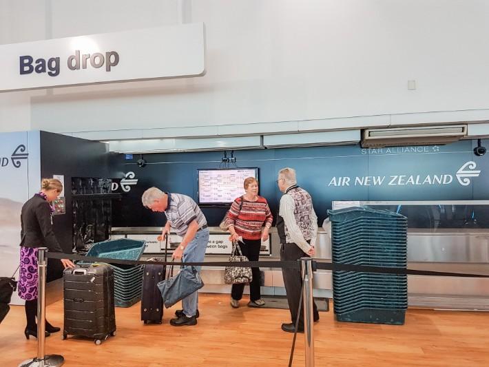 air new zealand flight economy class bag drop aucklandair new zealand flight economy class bag drop auckland