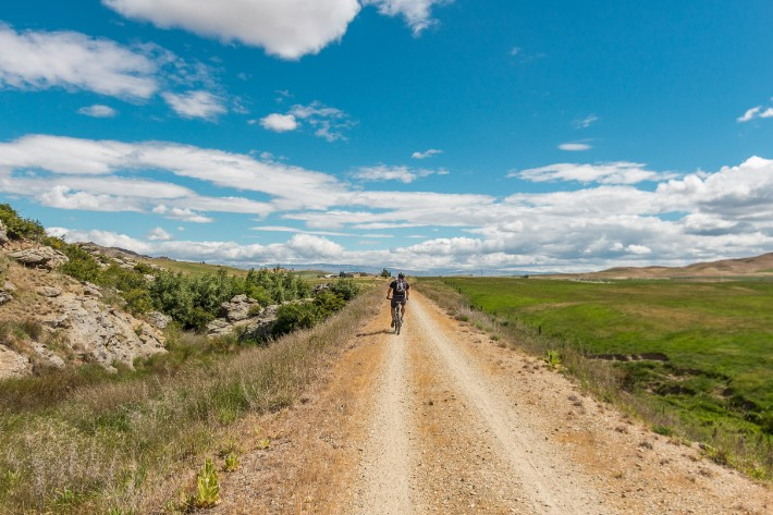 bicycle cycling otago central rail trail clyde, new zealand
