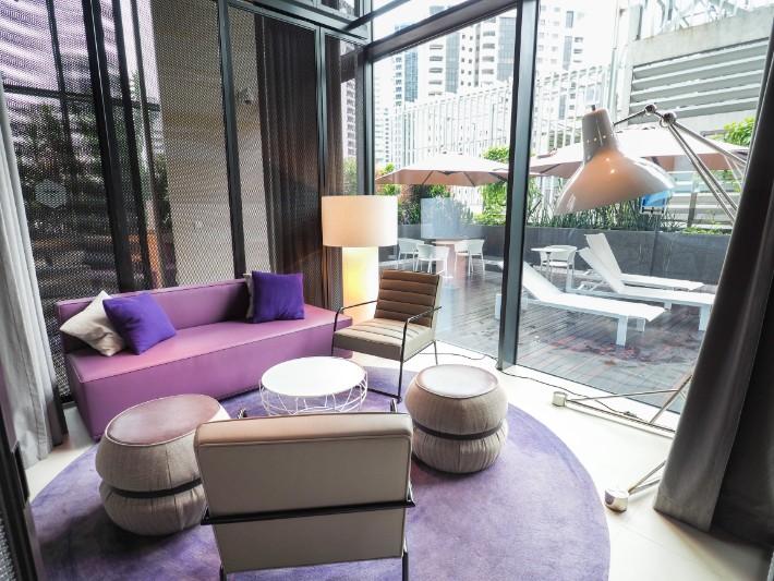 meeting social room, yotel singapore hotel review