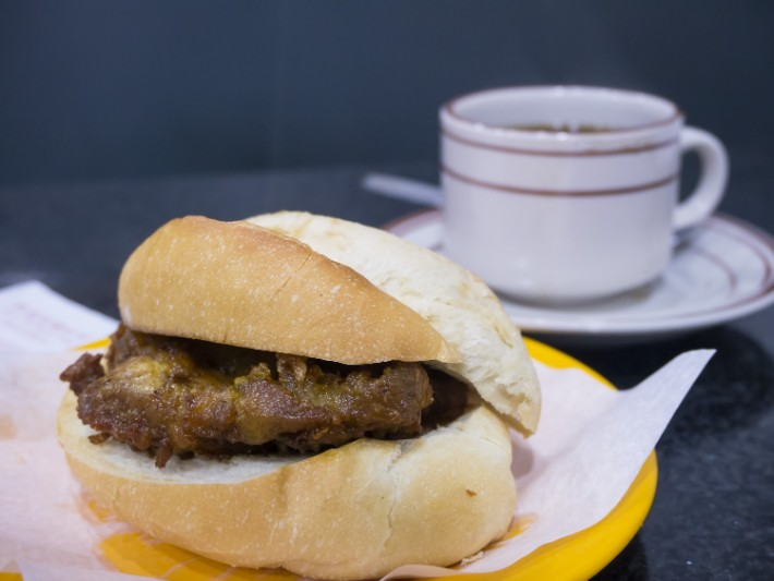 pork chop bun, best food in macau