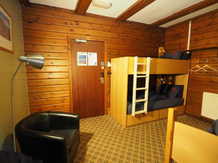 glencoe hostel cabin, hostelling scotland, scotland itinerary