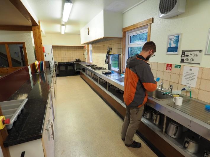 glencoe hostel cooking, hostelling scotland, scotland itinerary