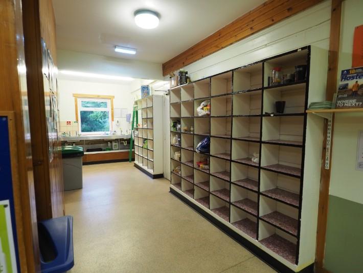 glencoe hostel kitchen, hostelling scotland, scotland itinerary