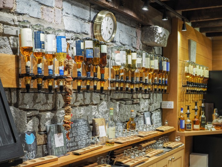 oban distillery whisky, oban, scotland itinerary