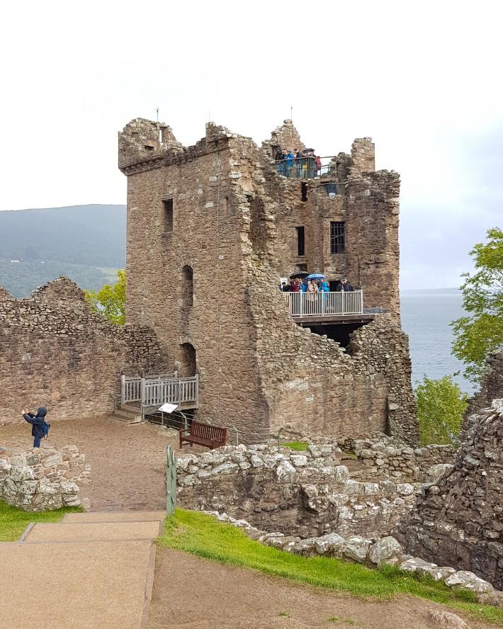 urquhart castle ruins, scotland itinerary, road trip