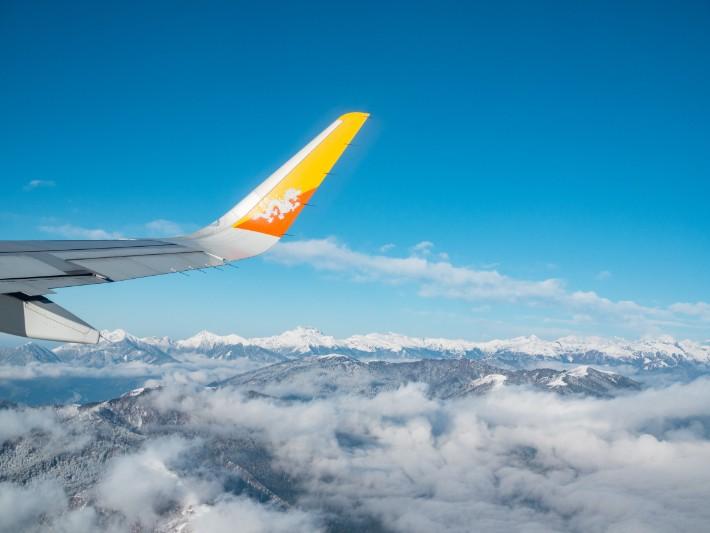flight drukair, bhutan