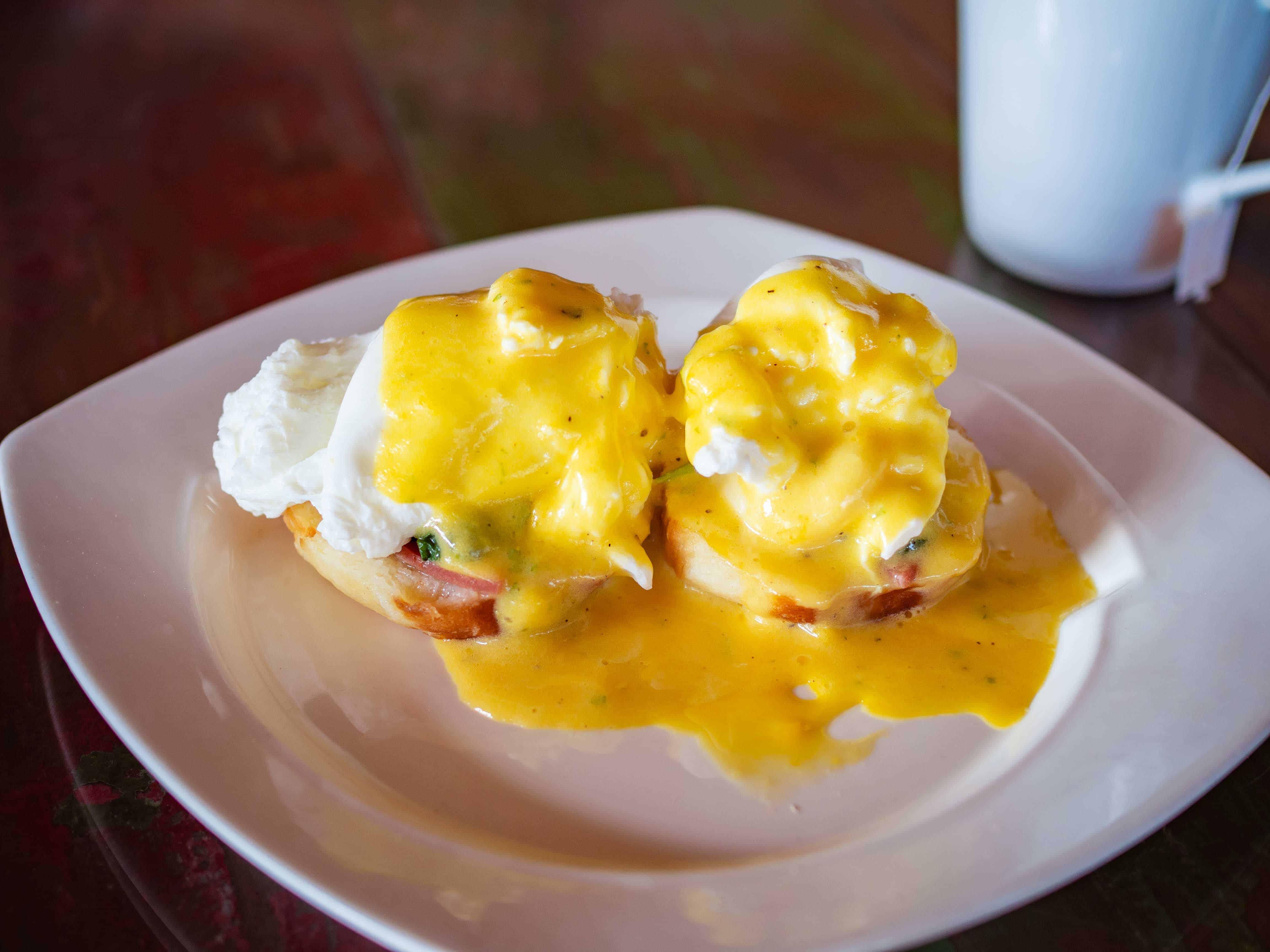 breakfast, Telunas Private Island Batam Indonesia, Hotel Review