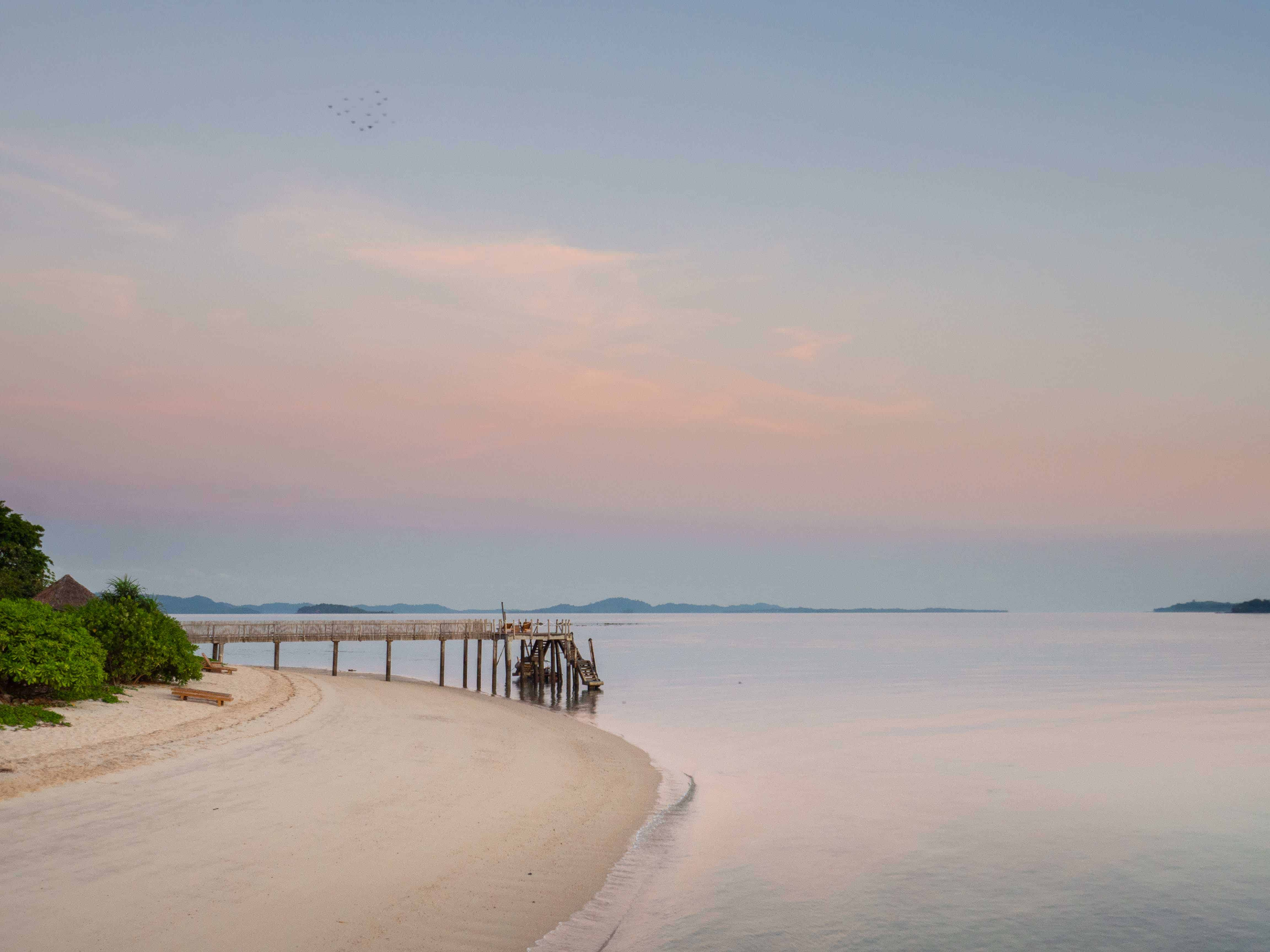 sunrise, Telunas Private Island Batam Indonesia, Hotel Review