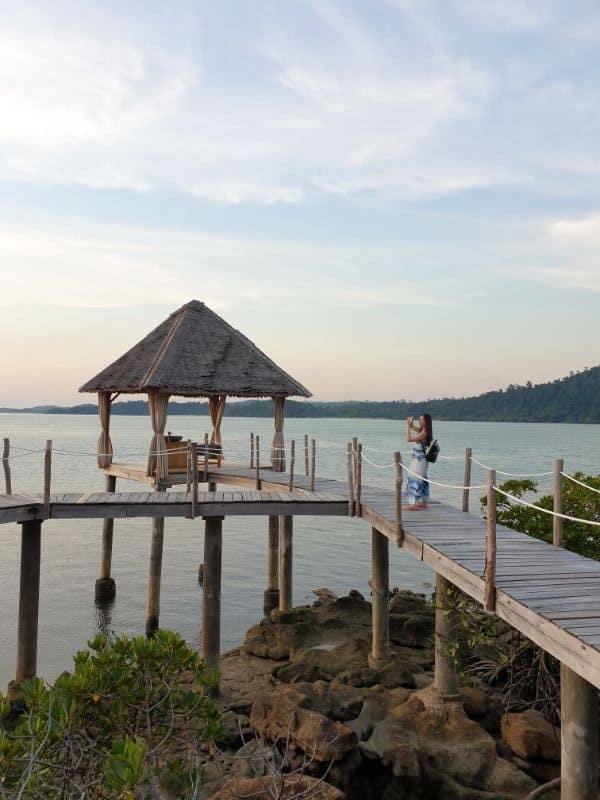 telunas overwater beach massage sunset