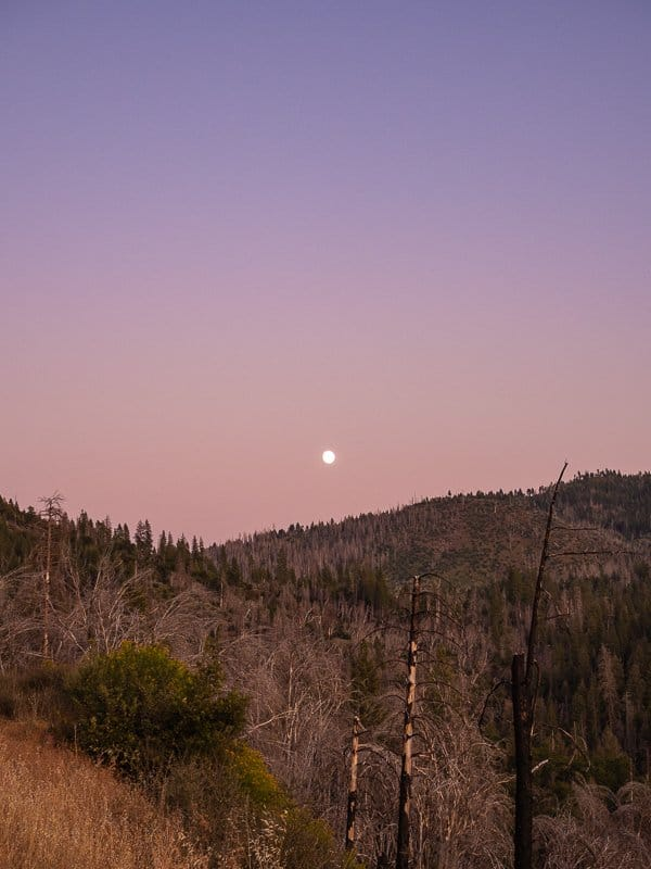 sunset-things-to-do-around-Yosemite-National-Park-Tuolumne-California