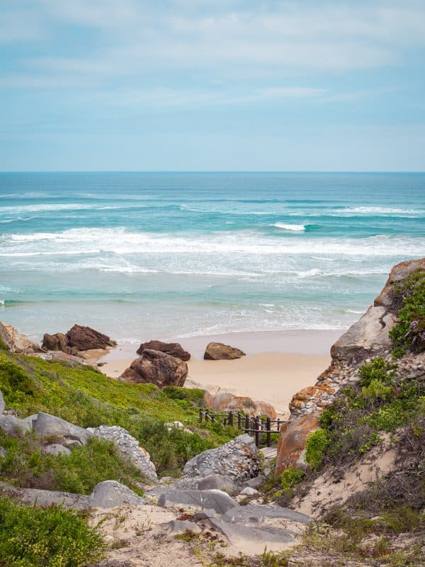 Robberg-Pass-Plettenberg-Bay-south-africaqRobberg-Pass-Plettenberg-Bay-south-africa