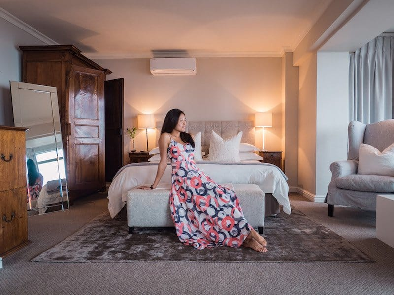 bed room girl, Cape View Clifton, Cape Town, South Africa - Hotel Review